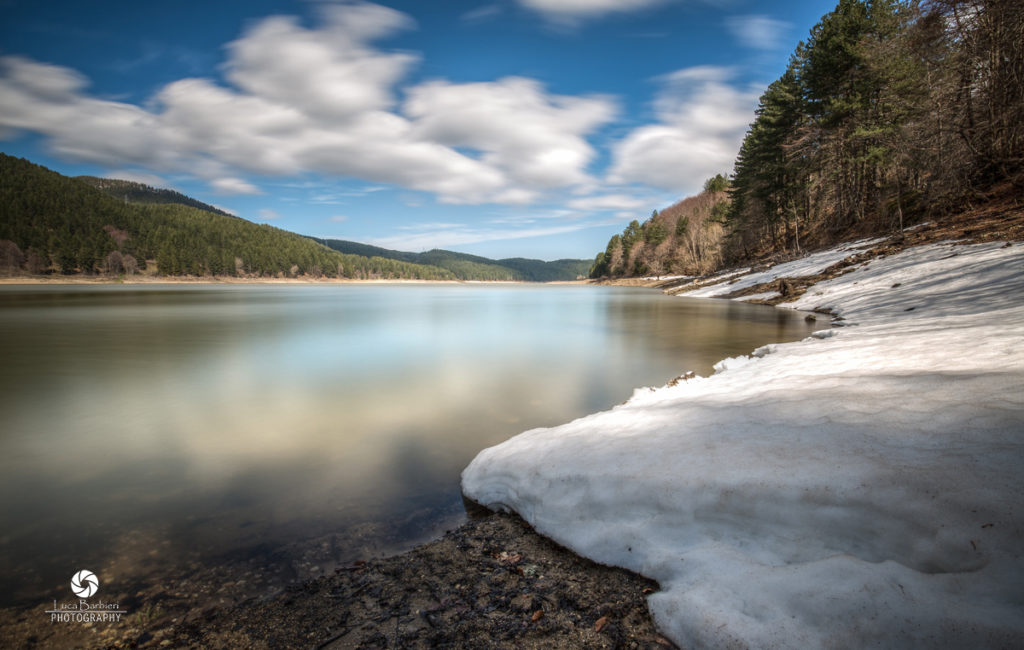 Ampollino Lake